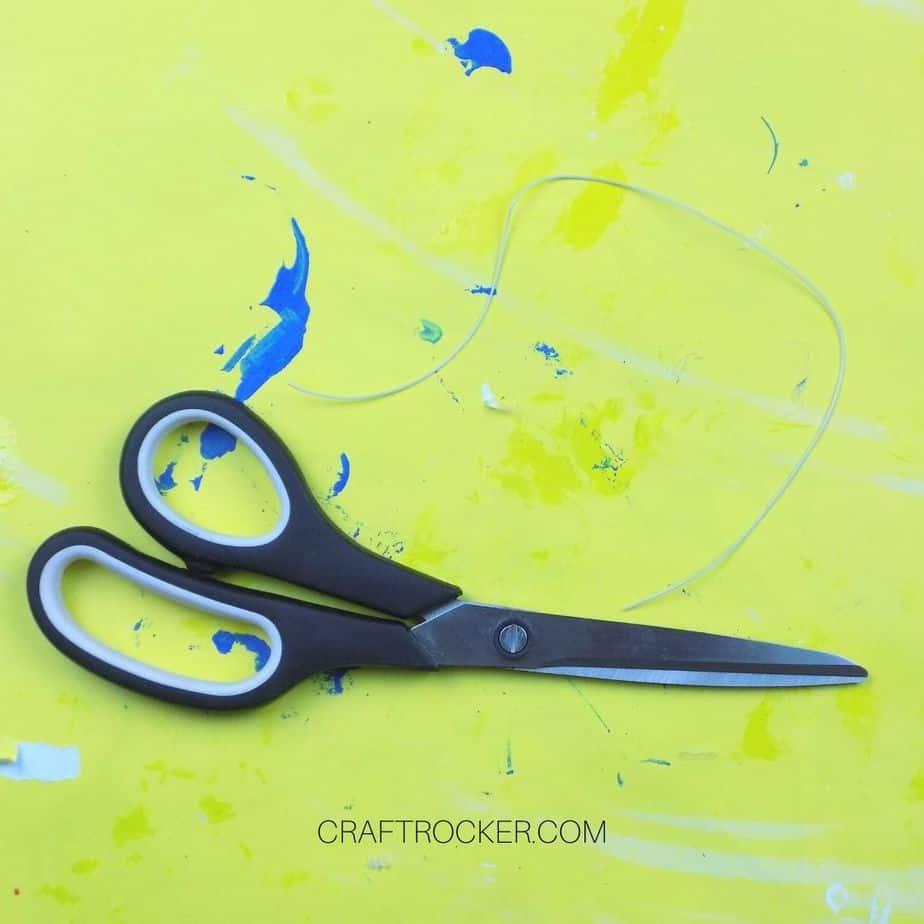 Cut Length of Stretch Cording next to Scissors - Craft Rocker