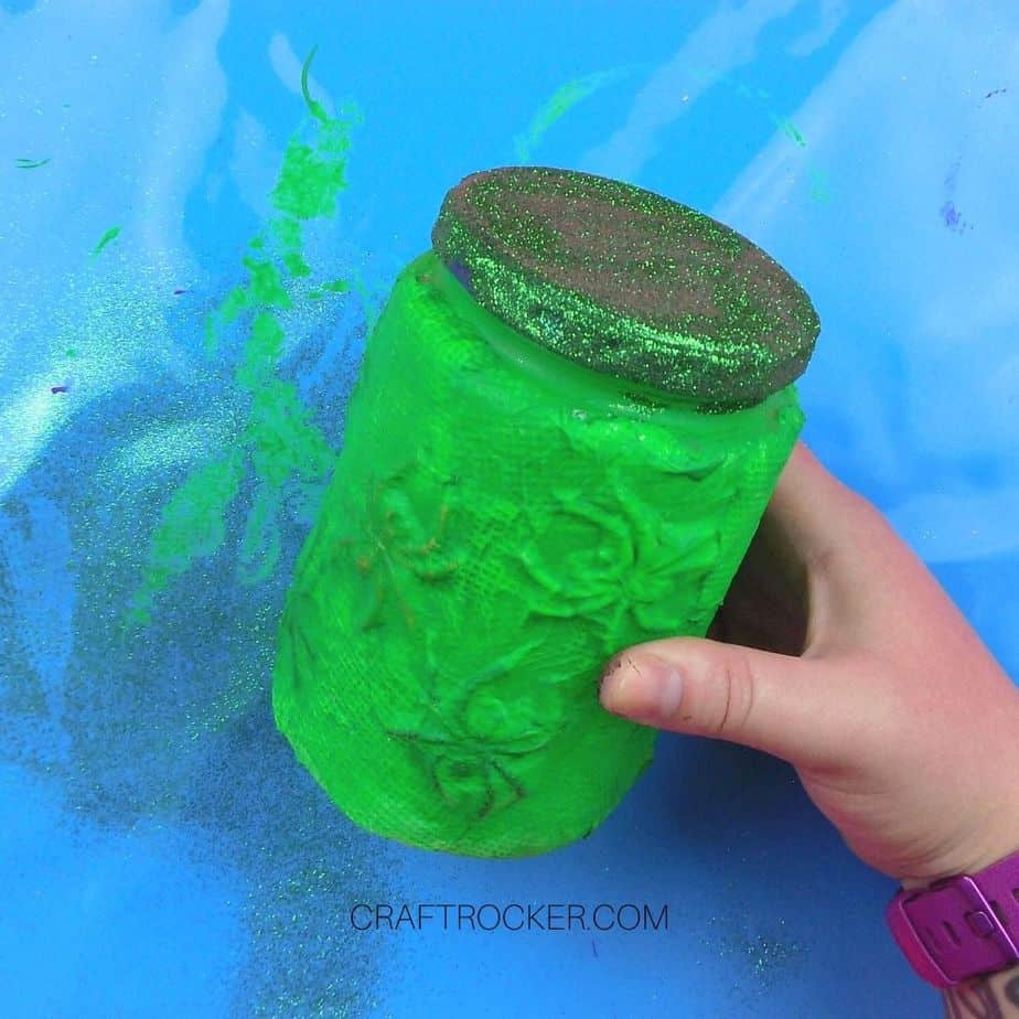 Glitter on Lid Green Spider Jar - Craft Rocker