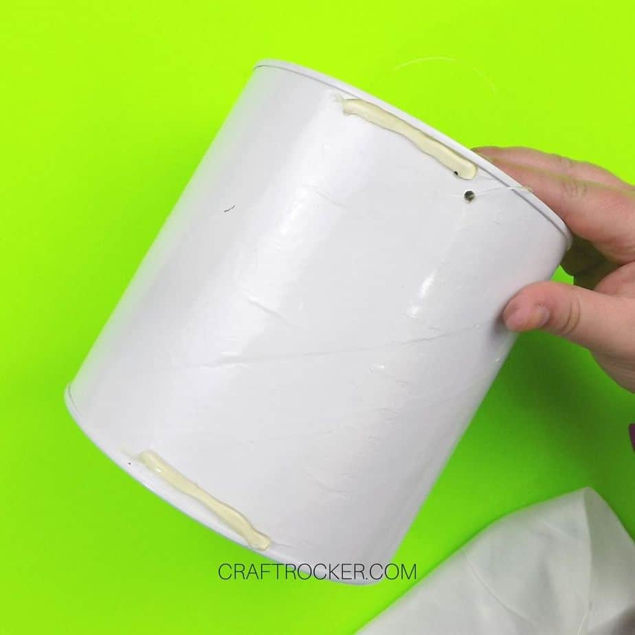 Lines of Hot Glue on Edges of Coffee Can - Craft Rocker