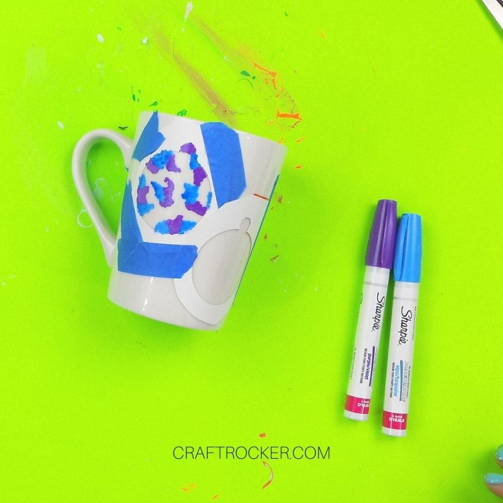 Blue and Purple Paint in Ornament Outline - Craft Rocker