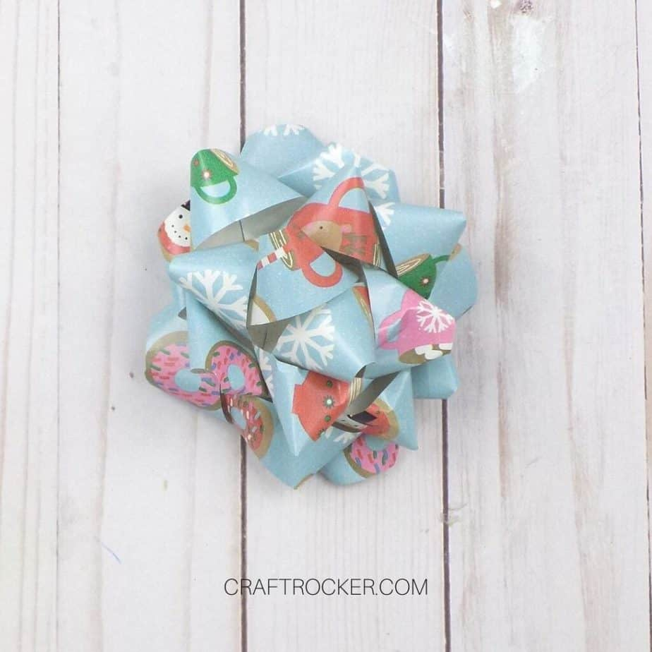 Traditional Wrapping Paper Bow - Craft Rocker