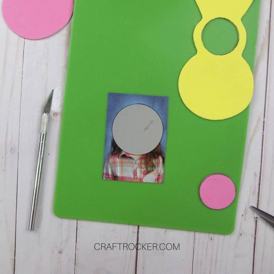 Circle Over Wallet Size Photo on Cutting Board - Craft Rocker