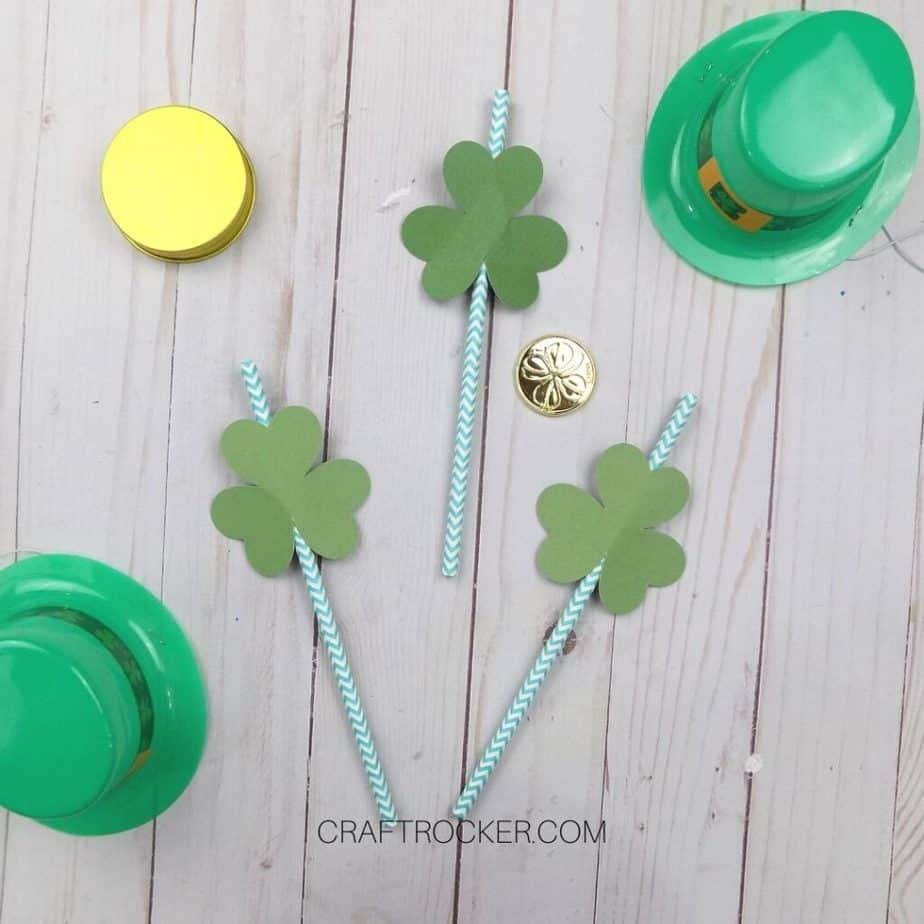 Shamrock Straw Toppers next to St Patrick's Day Decorations - Craft Rocker