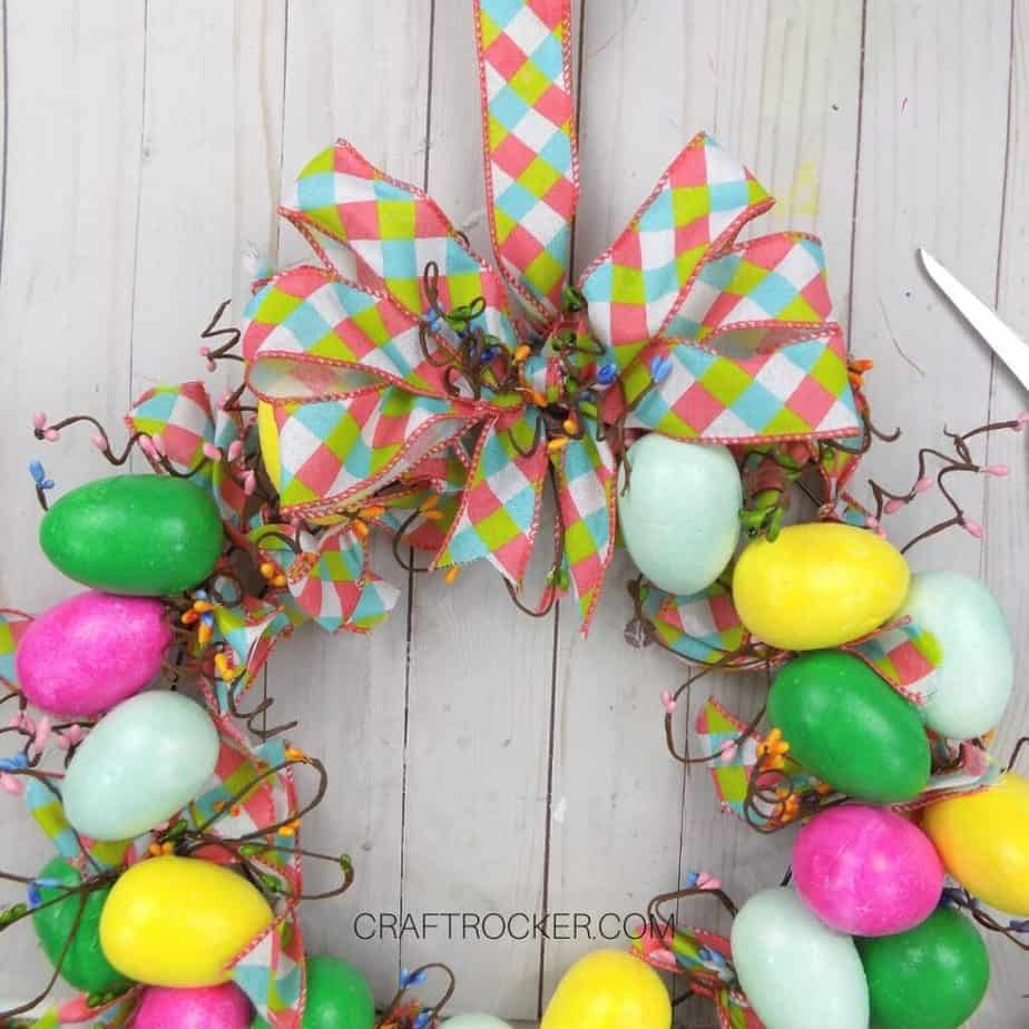 Close Up of Bow Glued to Easter Egg Wreath - Craft Rocker